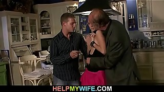 Cuckolding wife spreads legs for stranger