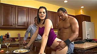 Bobbi Starr Rough Penetrated In Kitchen