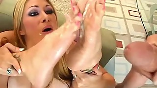FOOT CUCKOLD JOI