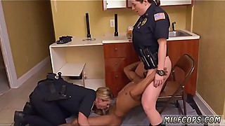 Black cuckold Black Male squatting in home gets our milf officers