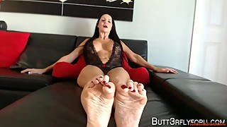 Rub mommies feet cuckold