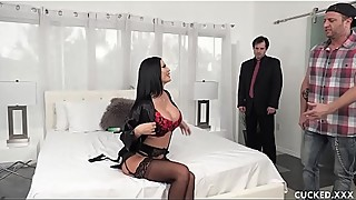 Big Tits Babe Jasmine Jae Fucks A Trucker Hard And Cucks Her Pathetic Husband