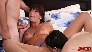 Bianca Breeze And Audrey Noir - Threesome