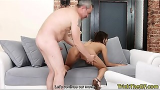 Tricked beauty fucked when came for casting